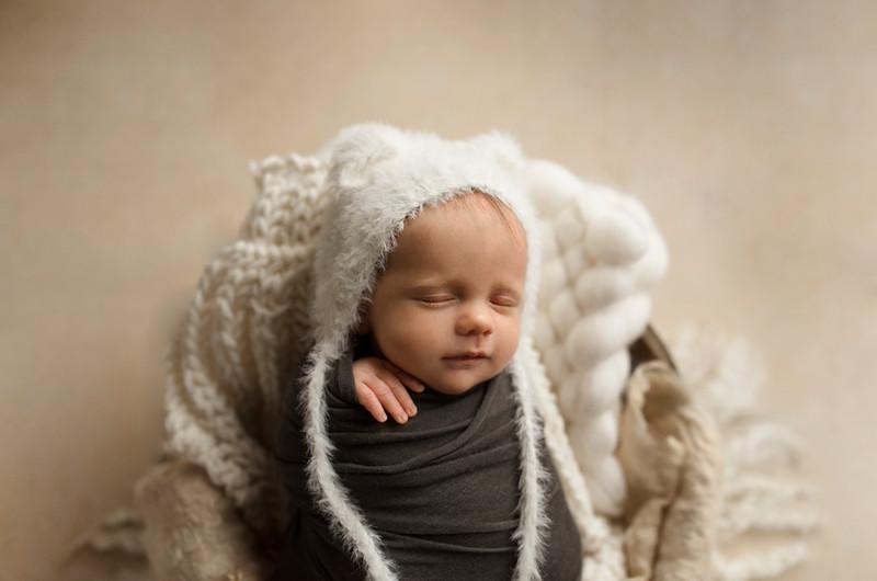 Baby R. di 20 giorni | fotografo neonati Trieste, Latisana e Udine