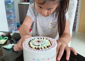 Stay-home BreadTalk cake decorating activity