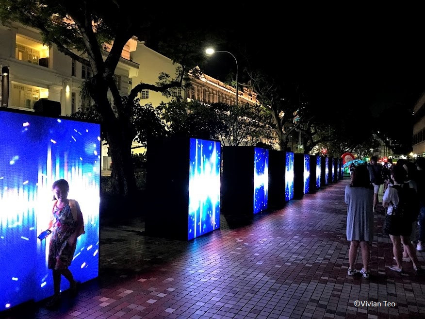 Disco Walkway at Stamford Road Singapore Night Festival 2019