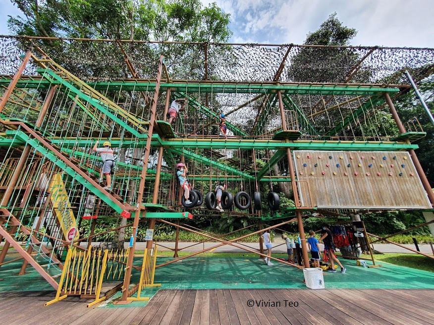 Houbii Spot Singapore Zoo rope obstacle course kids