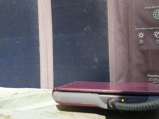 Strom für mobile Geräte: mobiles, leichtes Solarpaneel zum Aufladen der Akkus