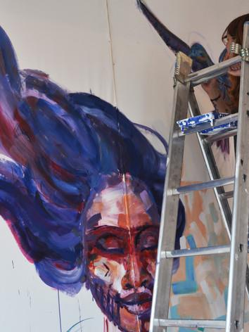 painting the mural: CONEXIÓN