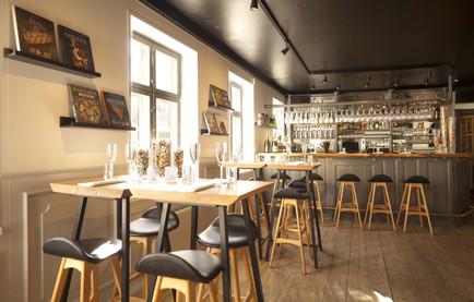 Højborde i Caféen