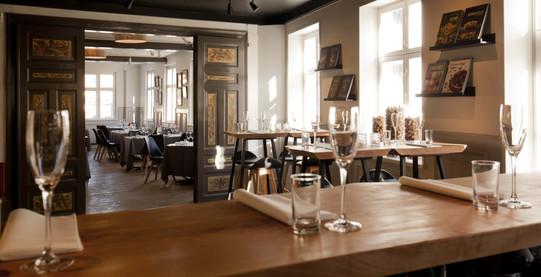 Restauranten og Caféen
