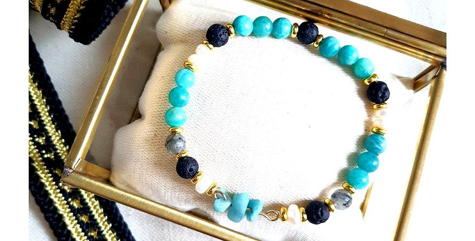 Bracelet en perles de pierres fines