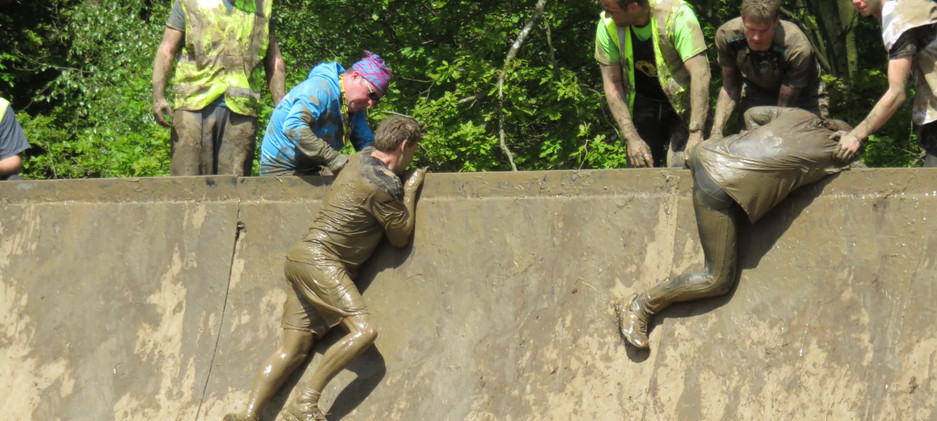 Nuclear Races muddy wall! Outdoor Fitness   Personal Training   Personal Trainer   Gym   Weights   Fitness   Exercise   Group   One to One   Harlow   Brentwood   Sawbridgeworth   Bishops Stortford   Healthy