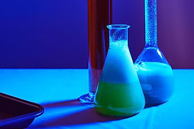 science-beakers-blue-light_925x.jpg