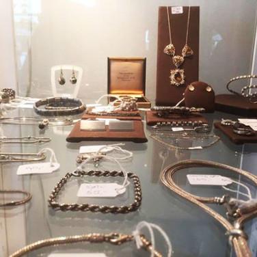 Antikke og vintage sølvsmykker