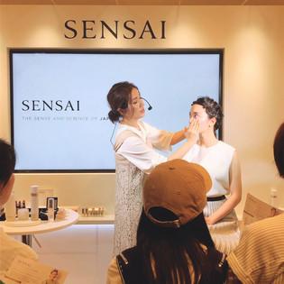 SENSAI発売記念イベントに出演致しました