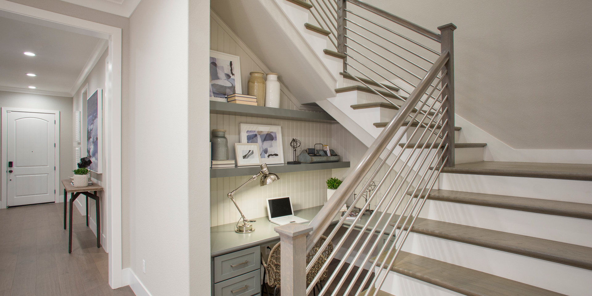 TPH_NC_Palm_P3_OfficeNookAndStairs.jpg