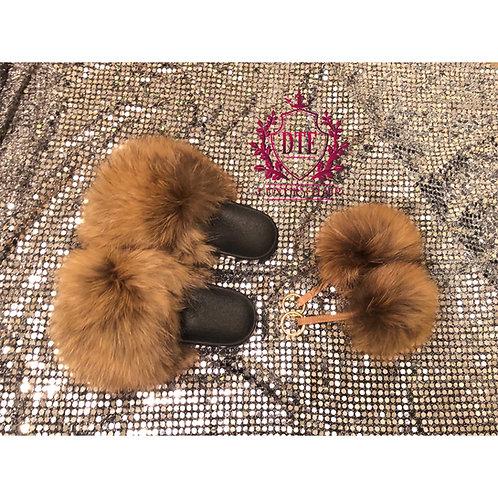 Jumbo Fur Slides