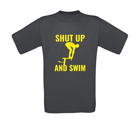 """Erwachsenen T-Shirt """"SHUT UP AND SWIM"""""""
