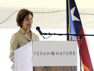 Mrs. Laura Bush, LLFoR, TPWD, TRA Celebrate Lake Livingston Restoration