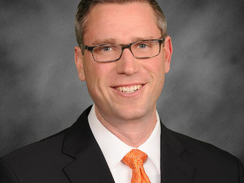 Illinois Treasurer Michael Frerichs Wins  Sustainable Investing Act, First State ESG Bill in U.S.!