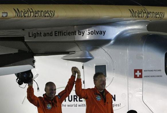 Solar impulse 2 crew landing