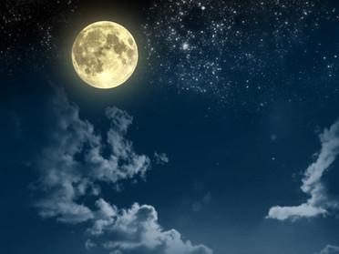 月が綺麗ですね
