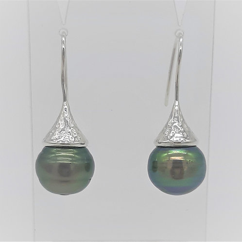 SOUTH SEA PEARL TEXTURED STERLING SILVER HOOKS