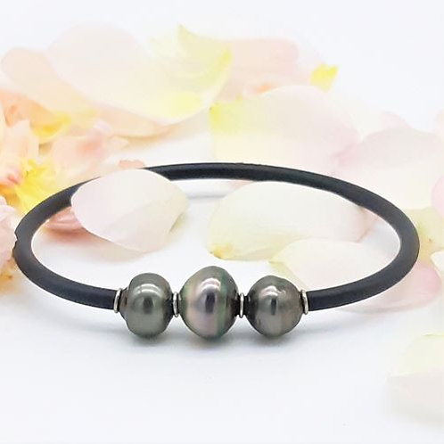 TRIPLE BLACK PEARL BANGLE