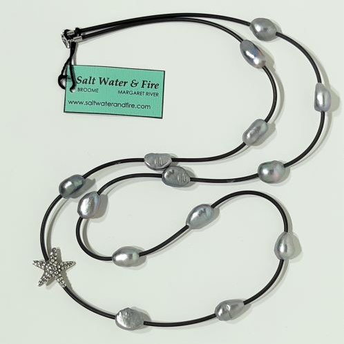 SILVER BAROQUE PEARL NECKLACE WITH STARFISH
