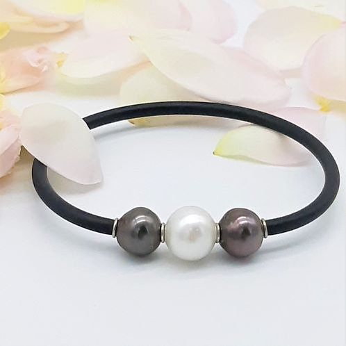 TRIPLE PEARL BANGLE