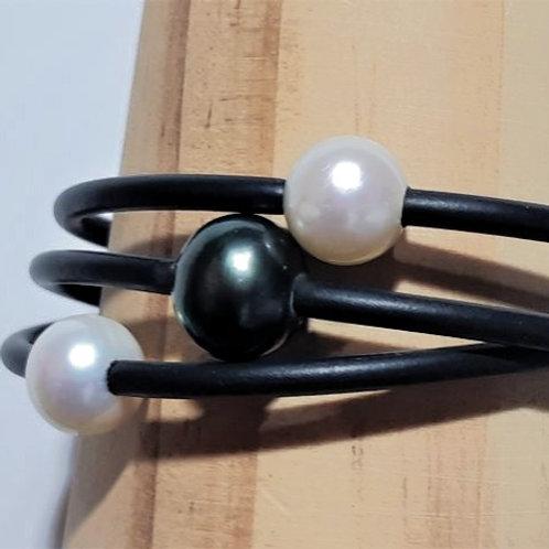 2 x WHITE, 1 X BLACK PEARL BANGLES