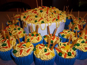 Sweet Fried Noodles Cake Making-of!
