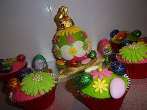 Bauble Cakes - Special easter