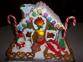 Cat`s gingerbread House!