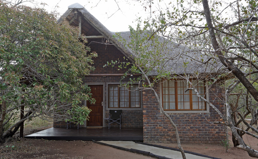 Bungalow two wide shot