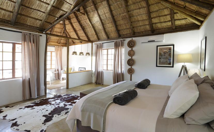 Bungalow one bedroom area