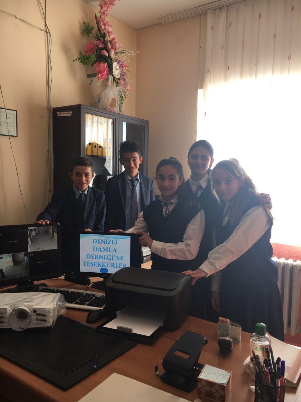 Kars Kağızman İlçesi Paslı Köyü Esin Çağdaş İlkokulu ve Ortaokulu