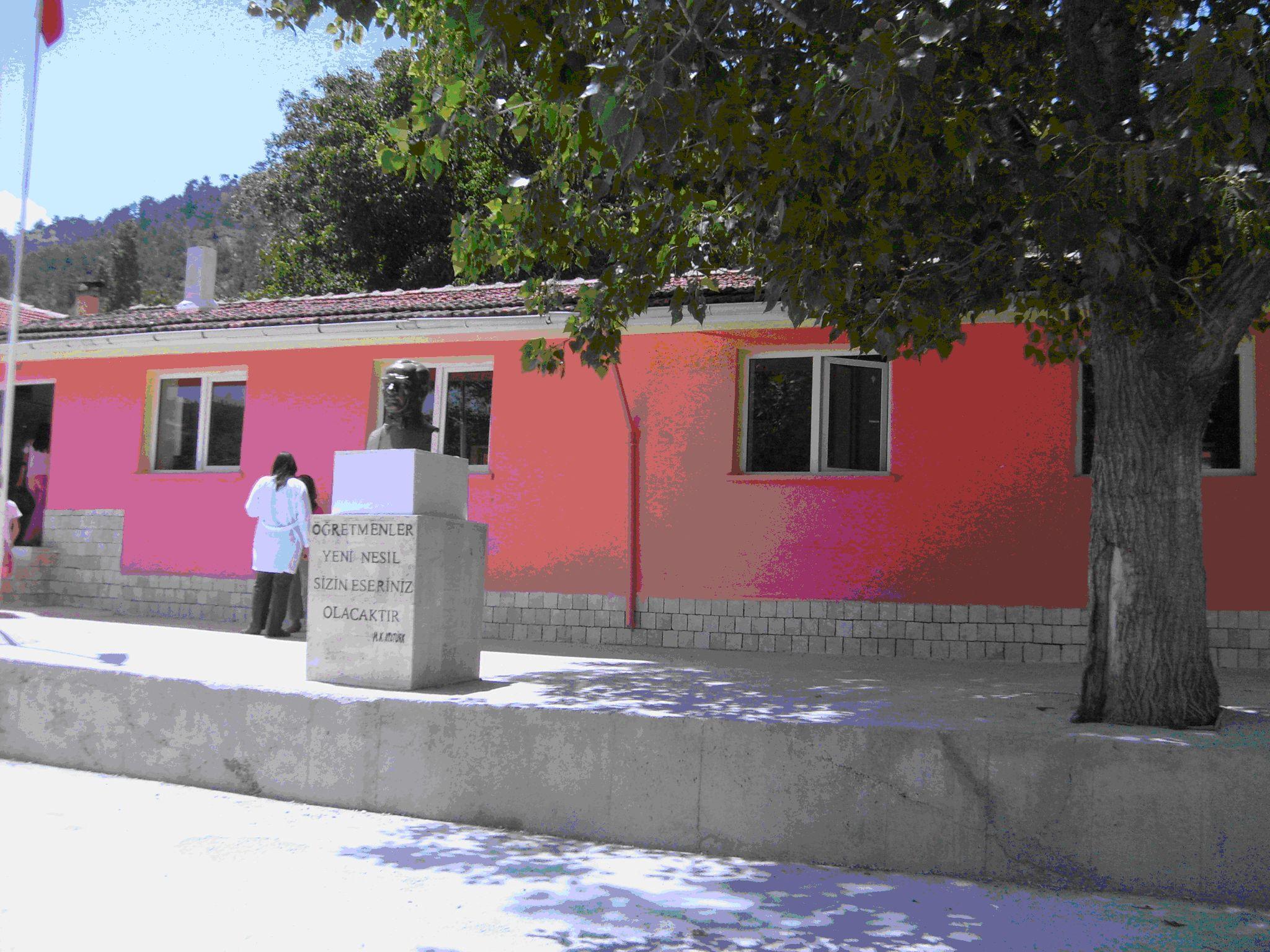 Honaz Karaçay İlköğretim Okulu-Honaz-Denizli.jpg