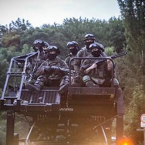 German SEK NRW use MARS RDD Elevated Tactics System during Hells Angel Raid