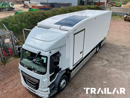 Hultsteins connect to TRAILAR solar power for diesel-free cooling.