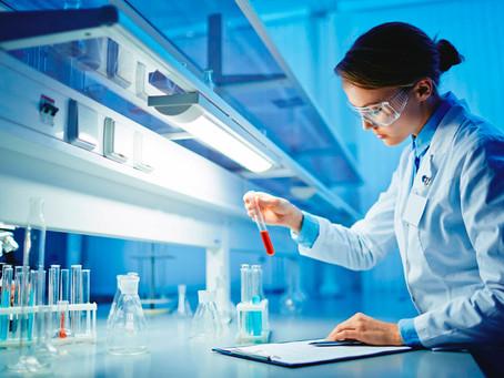 Cómo controlar la emisión de gases y vapores tóxicos en un laboratorio