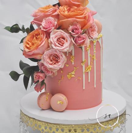 Pink cake 2.jpg