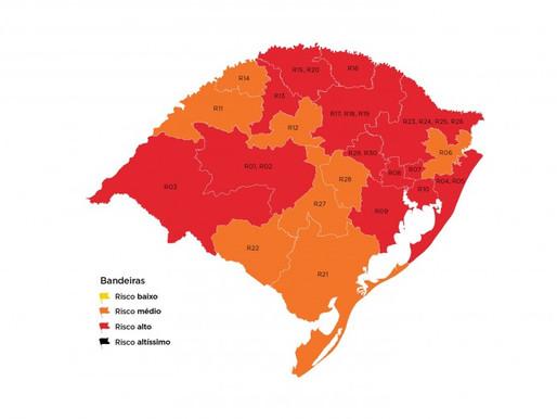 Estado tem 13 regiões em bandeira vermelha