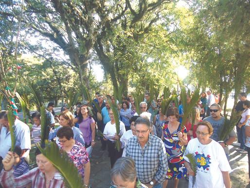 Domingo de Ramos com acesso limitado na Igreja Matriz