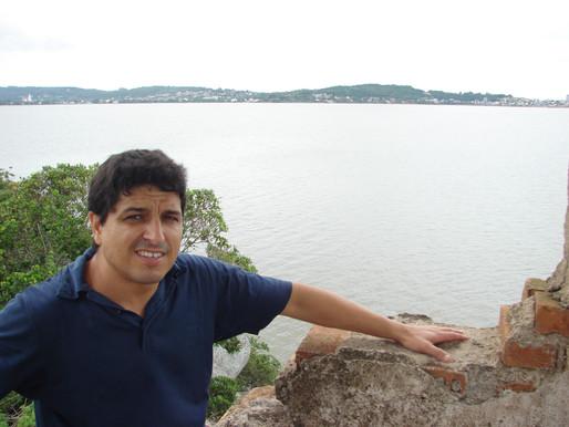 Altair Martins é finalista no Prêmio Minuano de Literatura