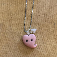 Lil' Love necklace: €8