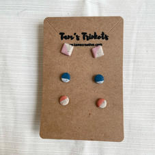 3x Stud Pack - Assorted: €12:00