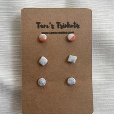 3x Stud Pack - Coral: €12:00