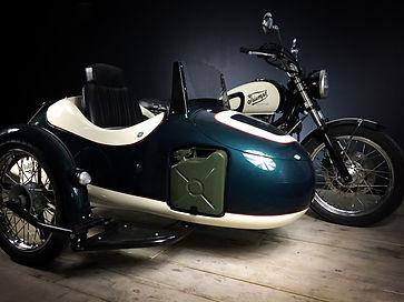 triumph bonneville side-car vintage 3