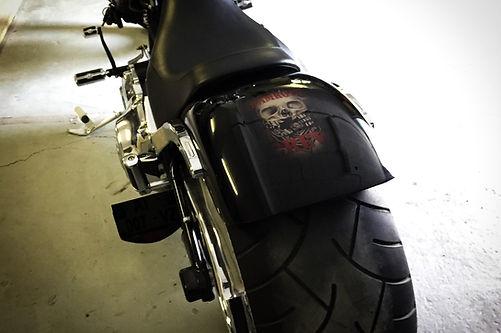 peinture moto rocker-c skull harley davidson