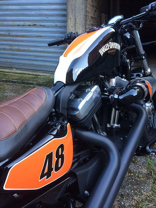 Cutom moto forty-eight harley-davidson