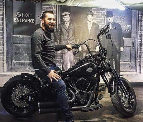 Cross bones Harley Davidson Tôle polie Melk Painting & Motorcycles