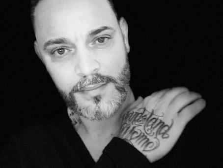 HANDSTANDS INTERVIEW: Virgile