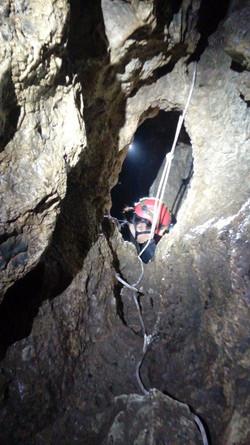 jaskinia_na_tomaszówkach_01