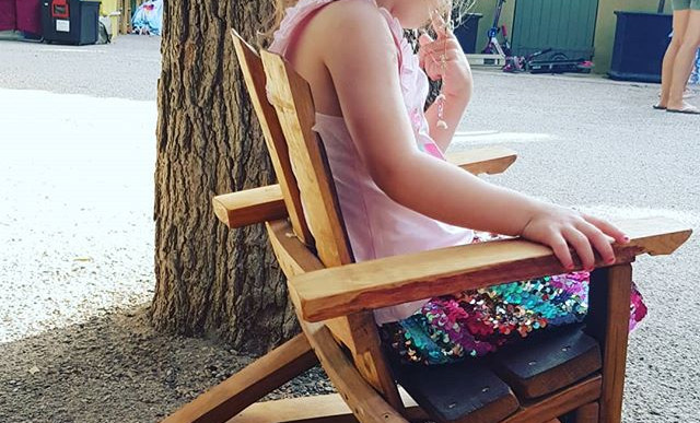 On crée des meubles pour les princesses_