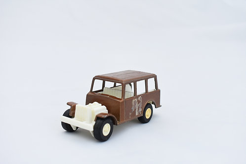 Tootsie Toy Metal and Plastic Toy Shuttlebus Wagoneer